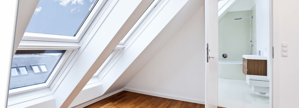 Sonnenschutzfolien für Dachfenster mit spürbarem Hitzeschutz • max. 89% Energieabweisung ➔ bis zu 12°C kühler ✔Wunschzuschnitt ➤Gratis Muster hier!